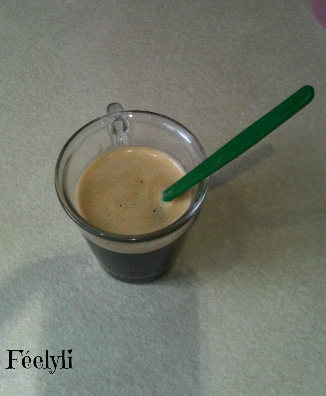 café avec cuillère Blédina