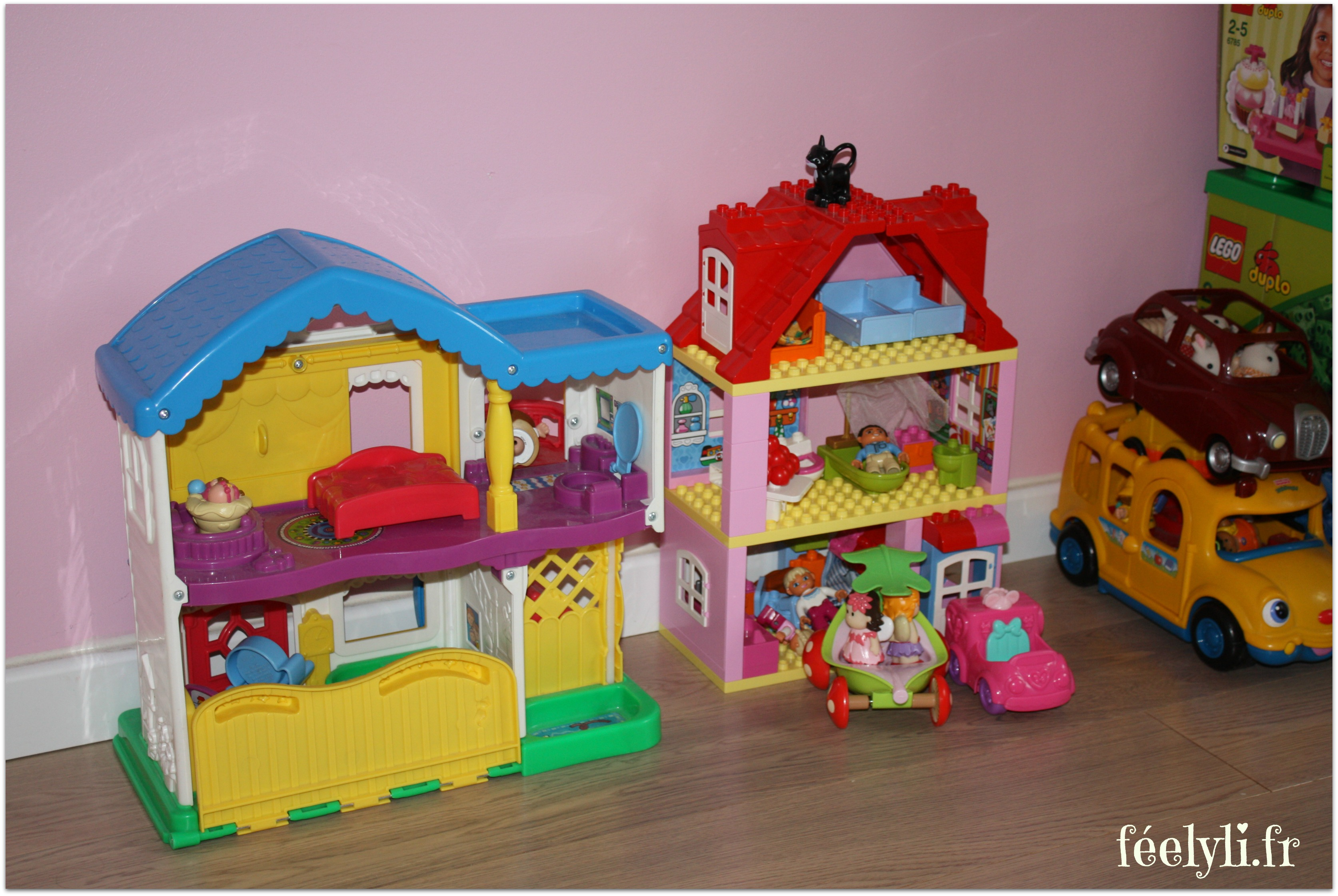 maison duplo et little people