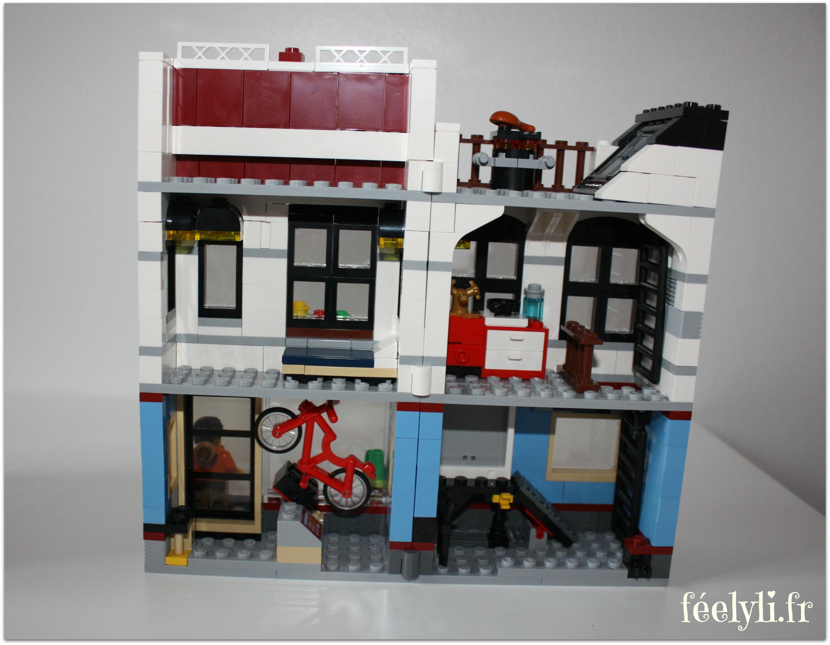 interieur magasin de velos lego