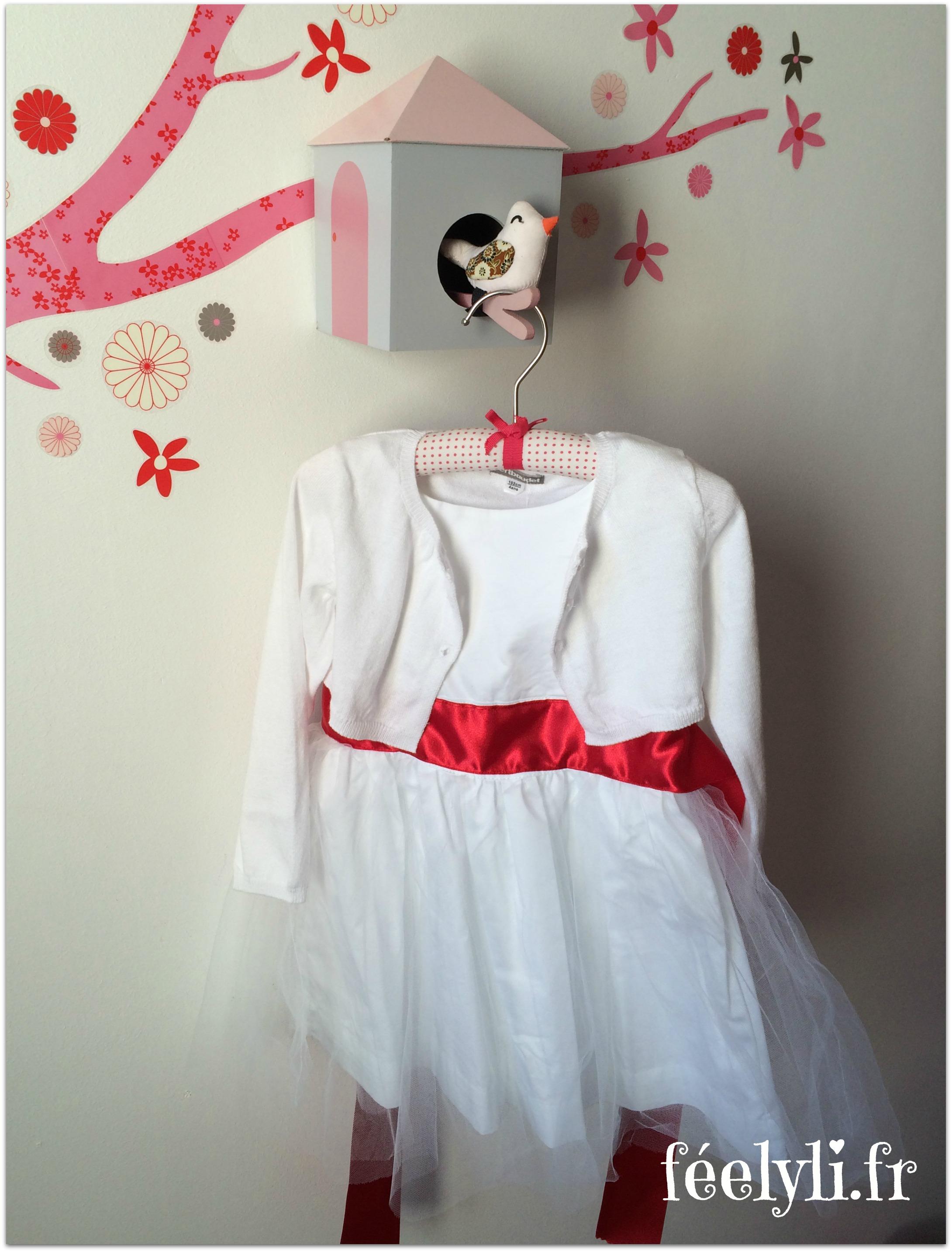 robe enfant d'honneur Vertbaudet