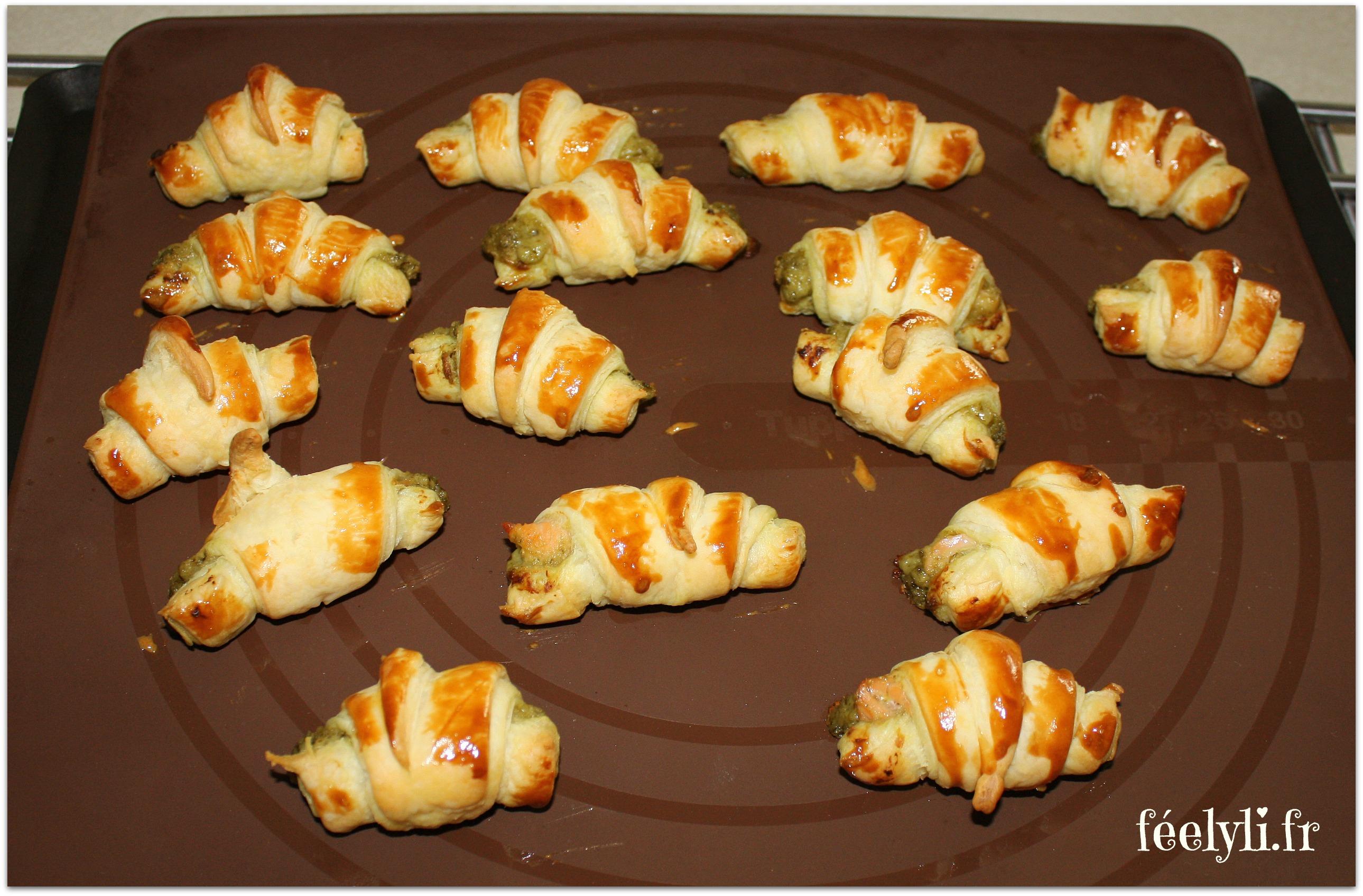 mini croissants saumon pesto