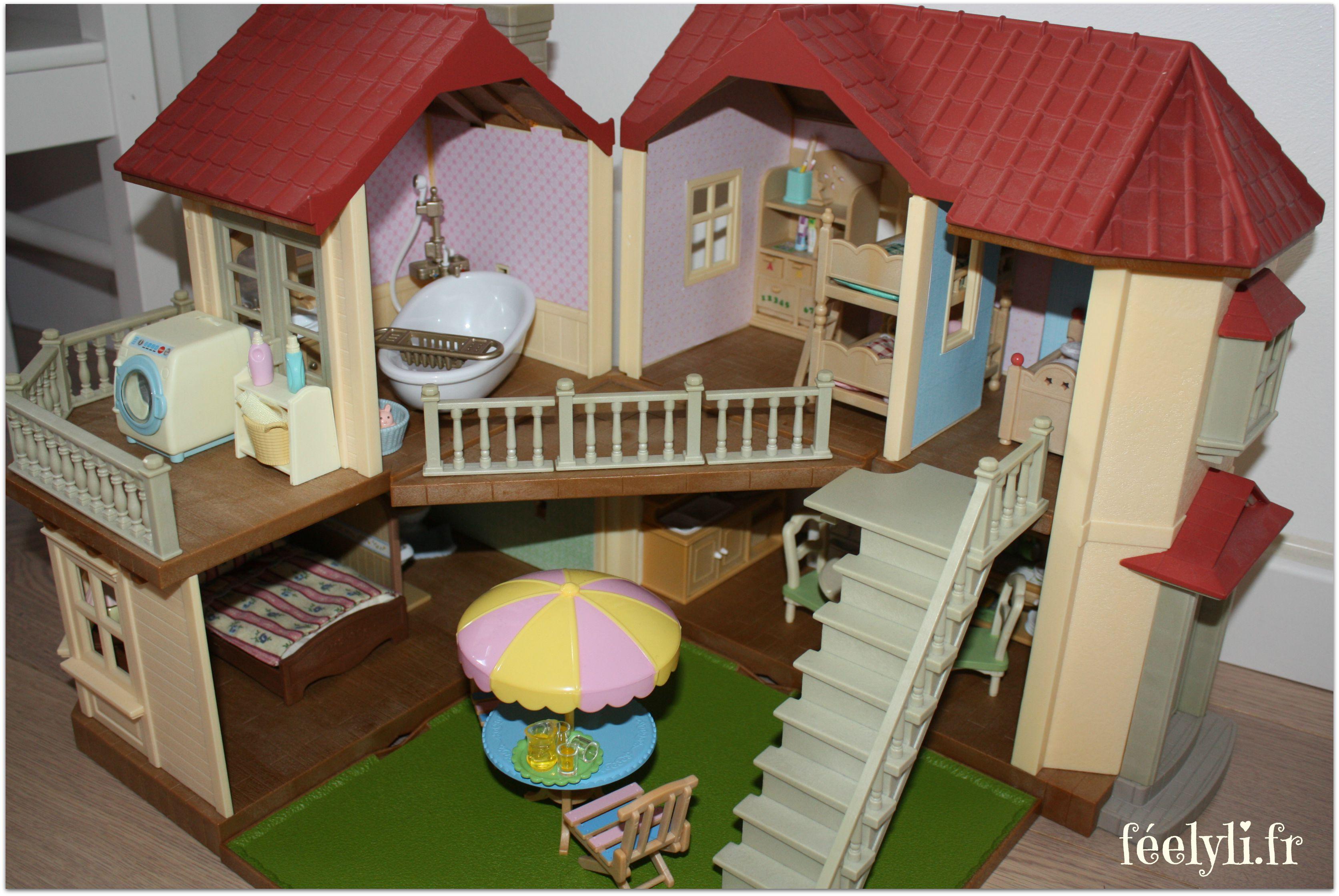 papier peint maison sylvanian
