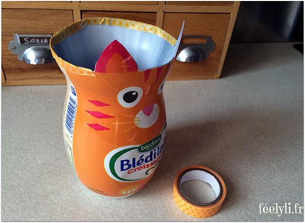 pot_crayons_avec_bouteille_lait