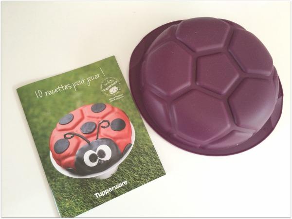 moule_football_tupperware