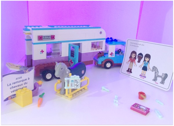 remorques_a_chevaux_lego_friends