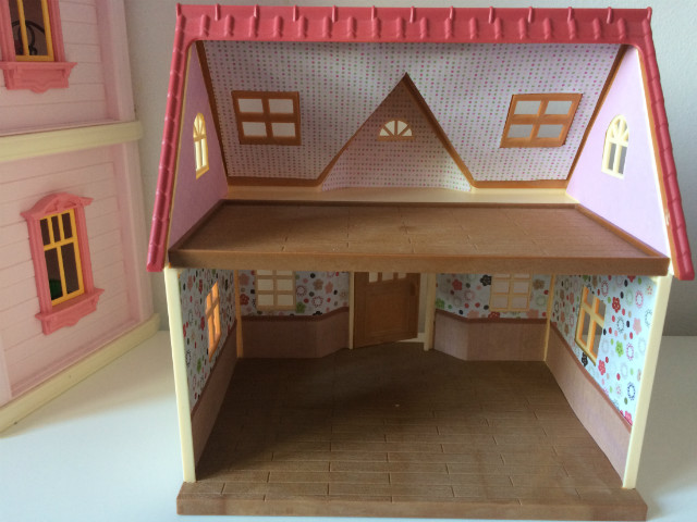 cosy_cottage_sylvanian3