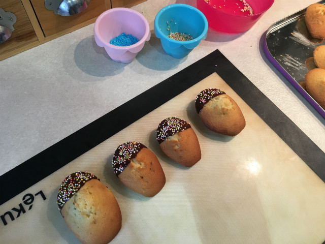 madeleines_sucettes_chocolat5